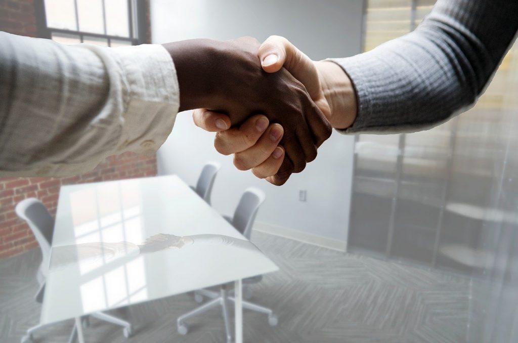 accord sur la nécessité d'une prime d'ancienneté préalablement à la signature du contrat de travail