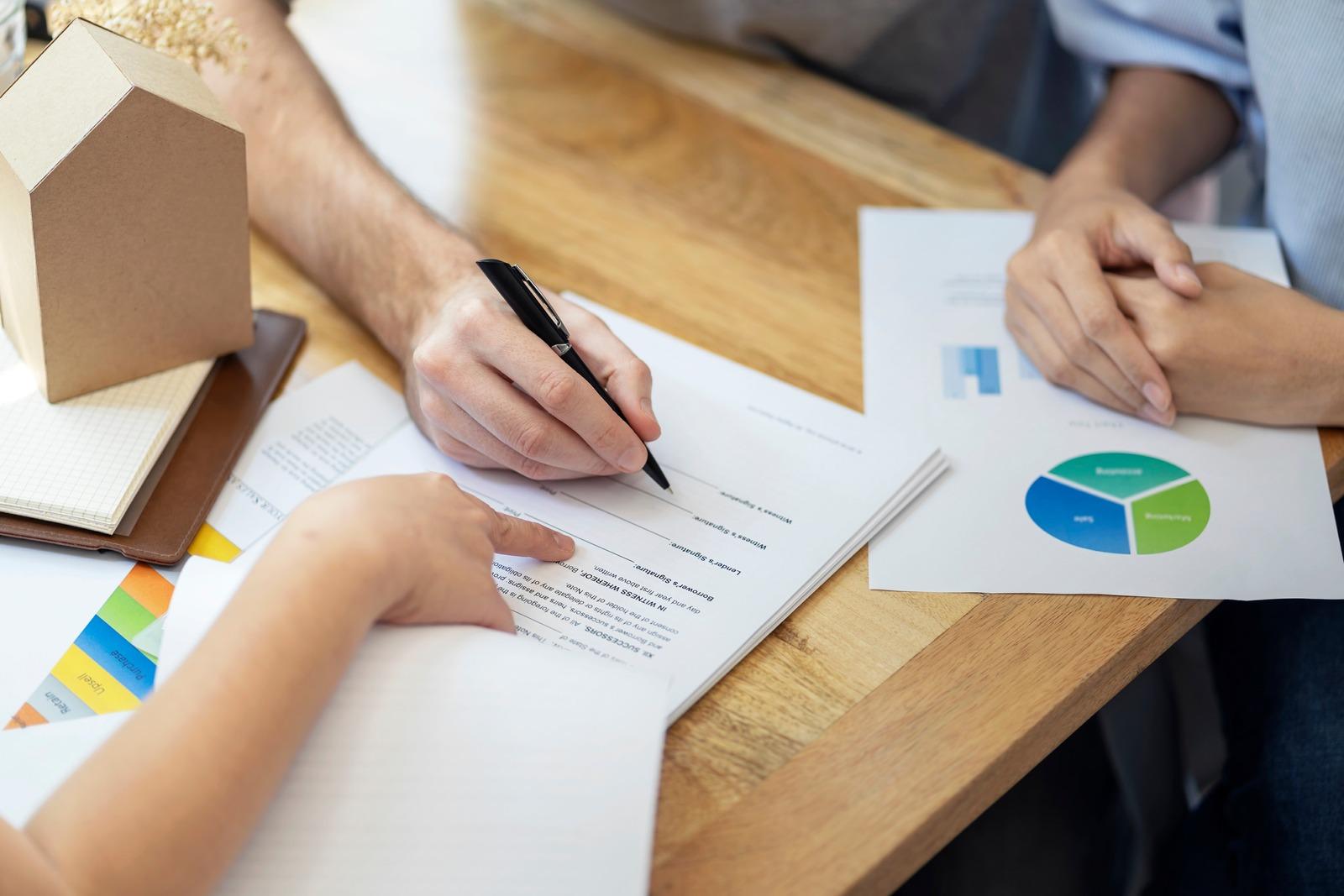 signature d'un prêt pour entreprise